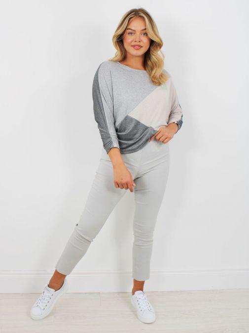 Full shot of model wearing Robell Rose 09 Super Slim Fit Trousers in Light Grey