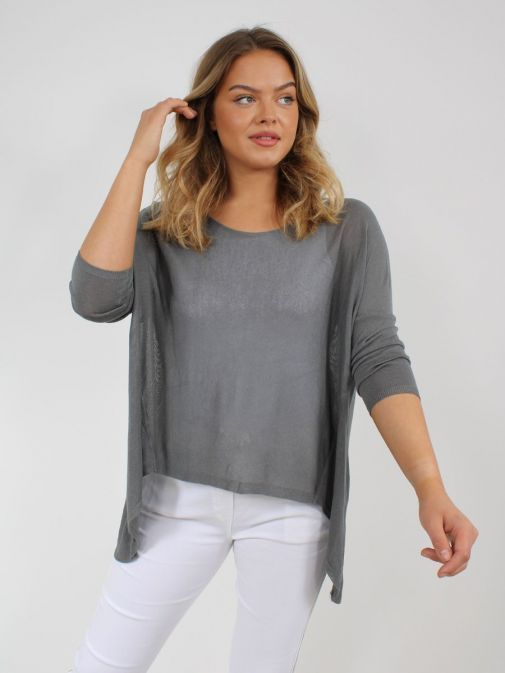 Alternative picture of model wearing Cilento Woman Fine Knit Sweater in Grey