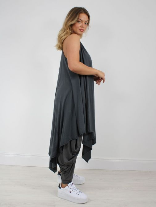 Side shot of model wearing Cilento Woman Hanky Midi Dress in Grey