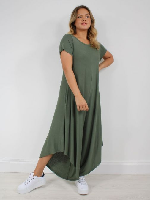 Picture of Model wearing Cilento Woman Jersey Jumpsuit in Green