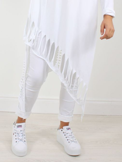 Close up of Cilento Woman Slash Detail Tunic in White