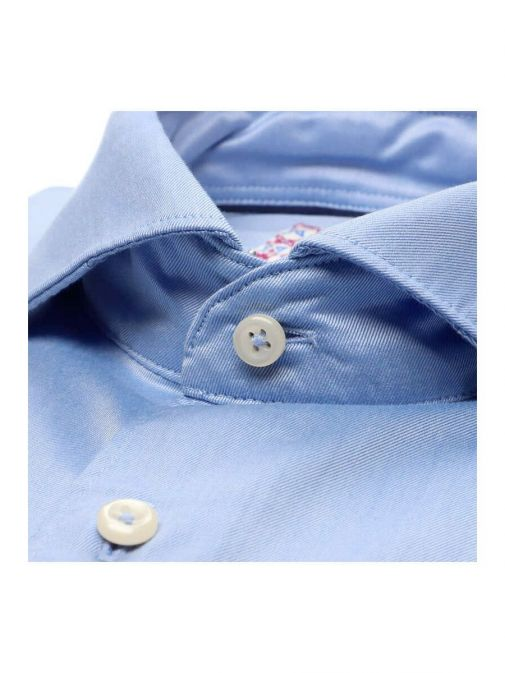 closeup shot of the Eterna 1863 Slim Fit Shirt in the bright Blue colour featuring  hard collar, button fastening