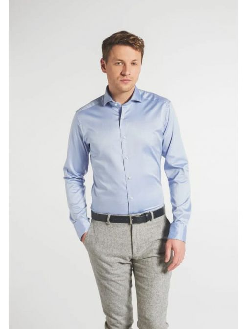 Front model shot of the Eterna 1863 Slim Fit Shirt in the bright Blue colour featuring  hard collar, button fastening and long sleeves