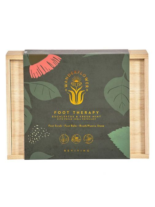 the Eucalyptus and Fresh Mint Foot Therapy Set in Wooden Gift Box