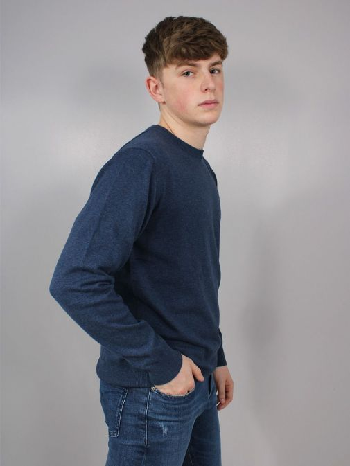 side Shot of the Gant Classic Cotton Crew Neck Sweater in the Navy colour featuring long sleeves, Gant logo and rounded neckline
