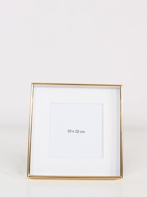 Front Image of Gold Recessed Square Photo Frame in size 4x4 inches