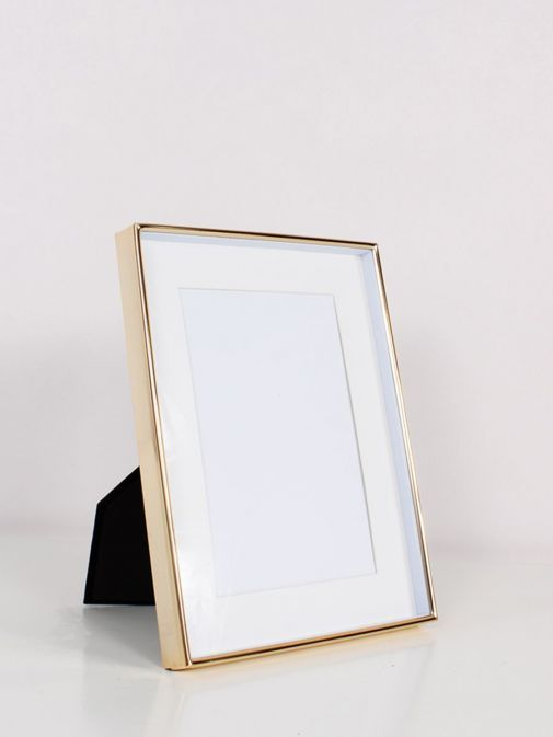 Image of Gold Recessed Photo Frame in size 4x6 inches