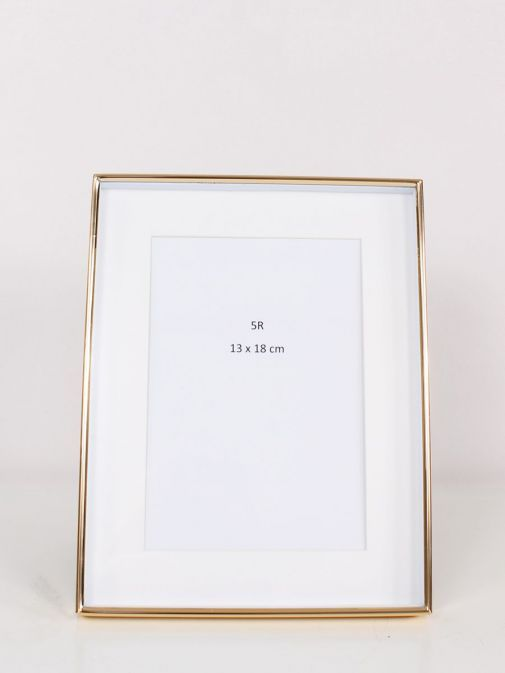 Front Image of Gold Recessed Photo Frame size 7x9 inches