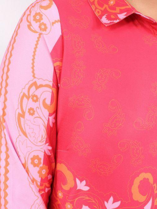 Close up shot of model wearing K Design Paisley Print Midi Dress in Pink
