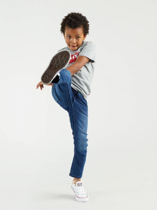 Child model wearing Levis Kids 510 Skinny Fit Jeans in colour Melbourne