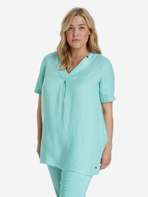 Front shot of the Samoon Linen Tunic in the Blue featuring short sleeves and v-neckline