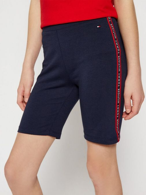 Model wearing Tommy Hilfiger Essential Cycling Shorts in Navy