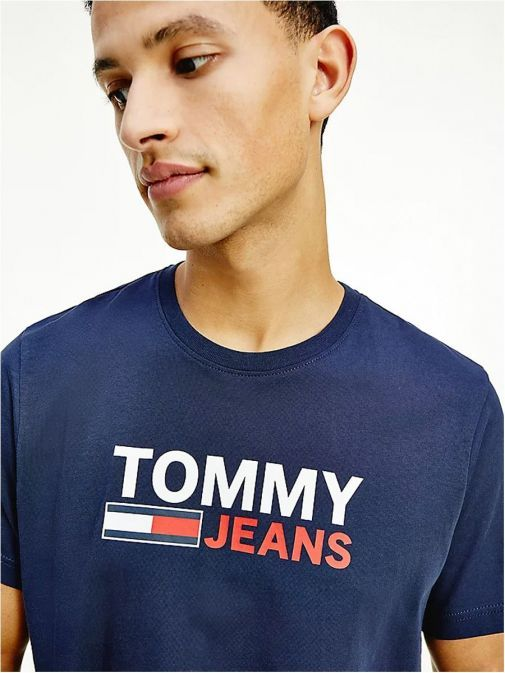 Front close up of Tommy Jeans Mens Flag Logo Organic T-Shirt Twilight Navy
