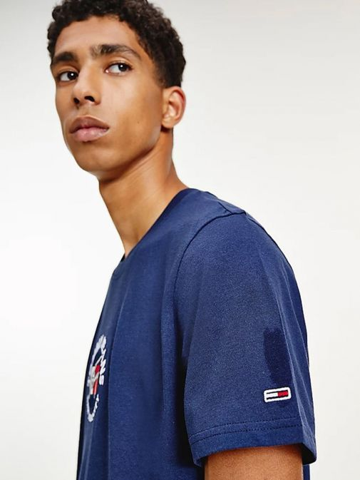 Close up shot of Tommy Jeans Timeless Signature Logo T-Shirt in Navy