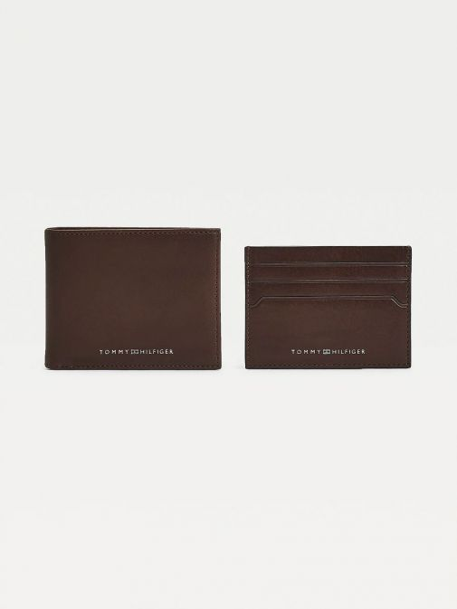 Front image of Tommy Hilfiger Casual Leather Small Card Wallet in Dark Tan