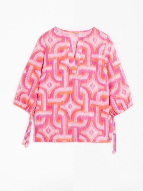 product shot of the Vilagallo Analissa Kon Tiky Blouse in the Pink colour featuring rounded neckline with the v-neck feature, 3/4 length sleeves and elasticated cuffs