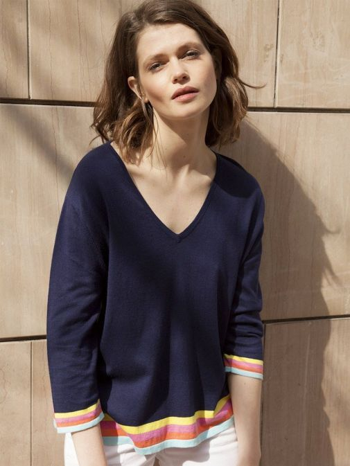front shot of the Vilagallo Knitted Lavinia Sweater in the Navy colour featuring v-neckline, 3/4 length sleeves and coloured cuffs and edges