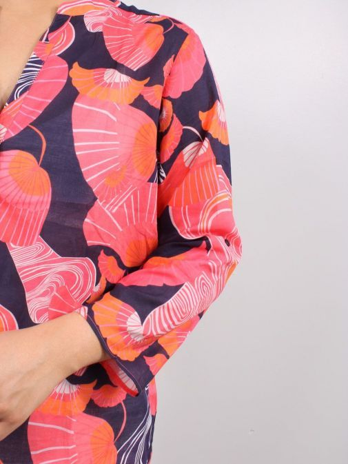 closeup of the Vilagallo Filippa Shelter Voile Blouse Multi-Coloured featuring rounded v-neckline, floral pattern