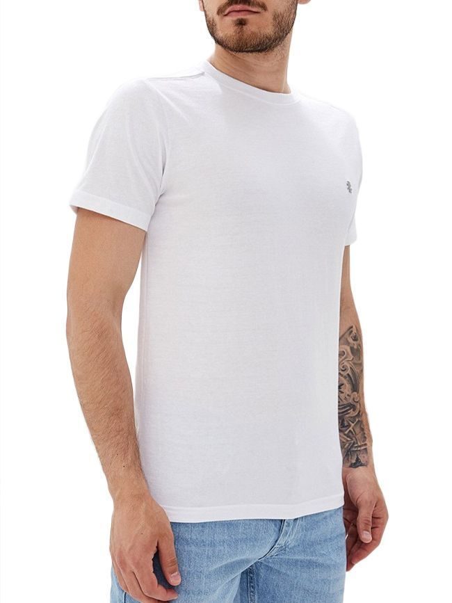IZOD White Saltwater Relaxed T-Shirt