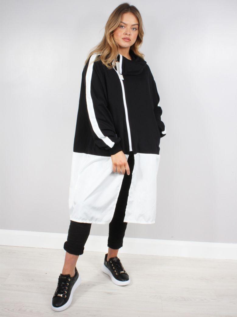 Cilento Woman Black Oversized Zip Through Sweatshirt