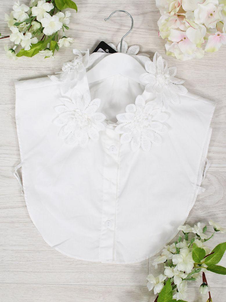 Cilento Women White Flower Applique Detail Collar Insert