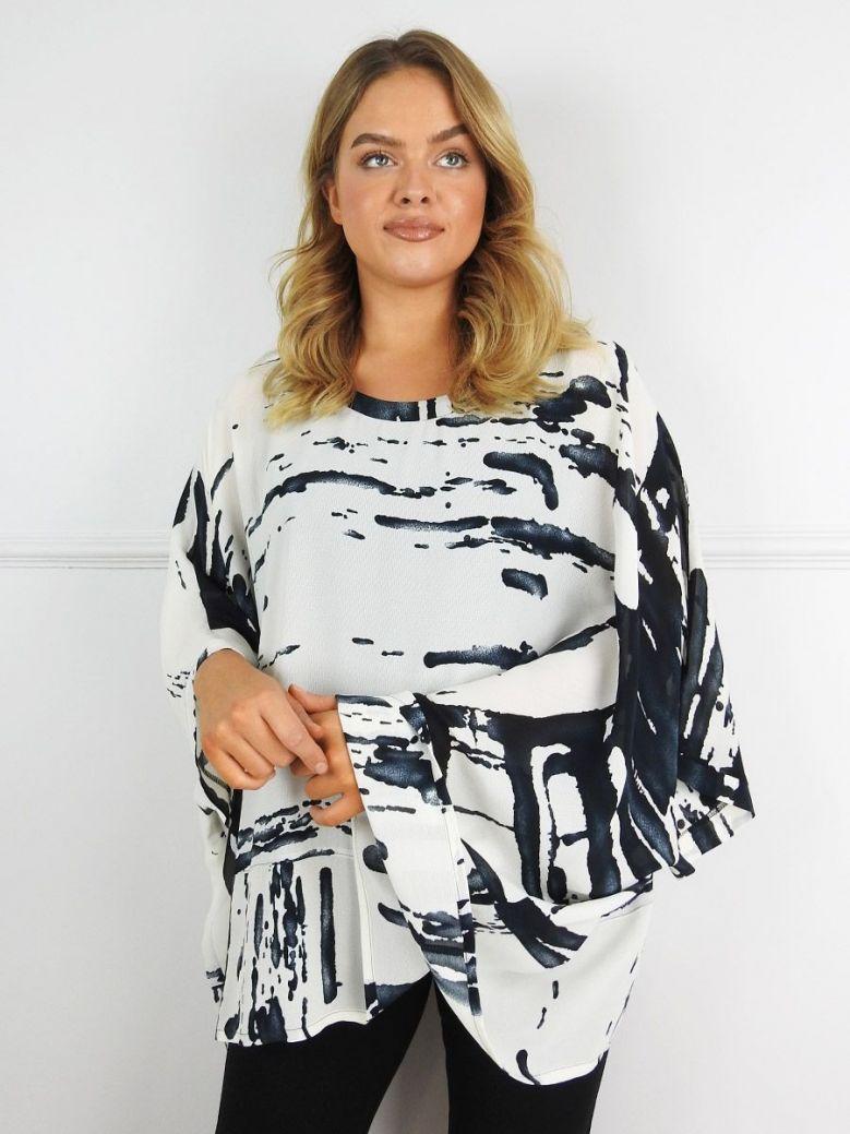 Q'Neel Cream Abstract Print Batwing Sleeve Tunic