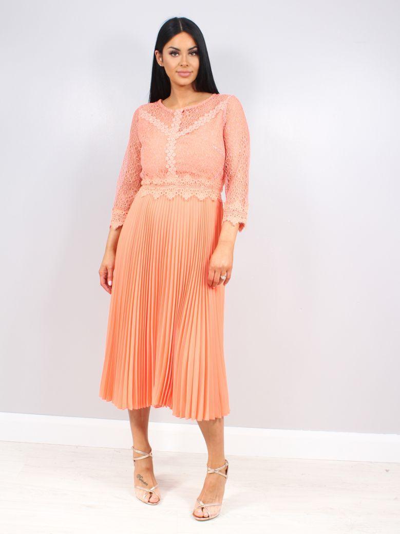 Arggido 3/4 Sleeve Pleated Dress Peach