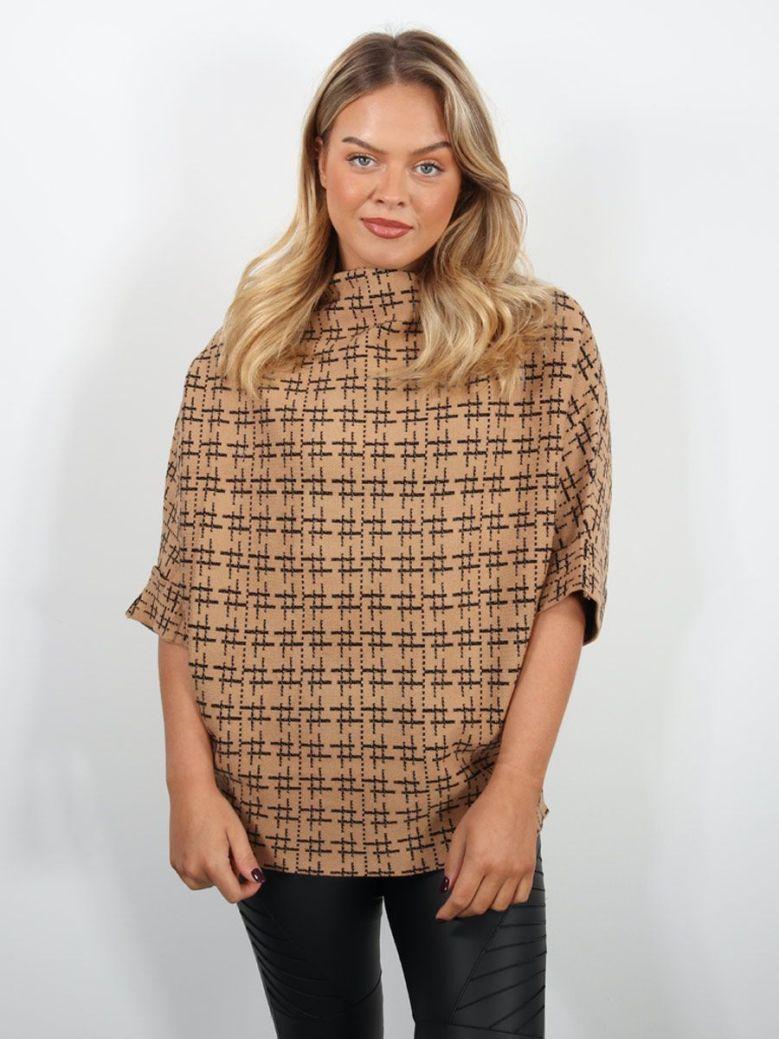 Cilento Woman High Neck Sweater Camel