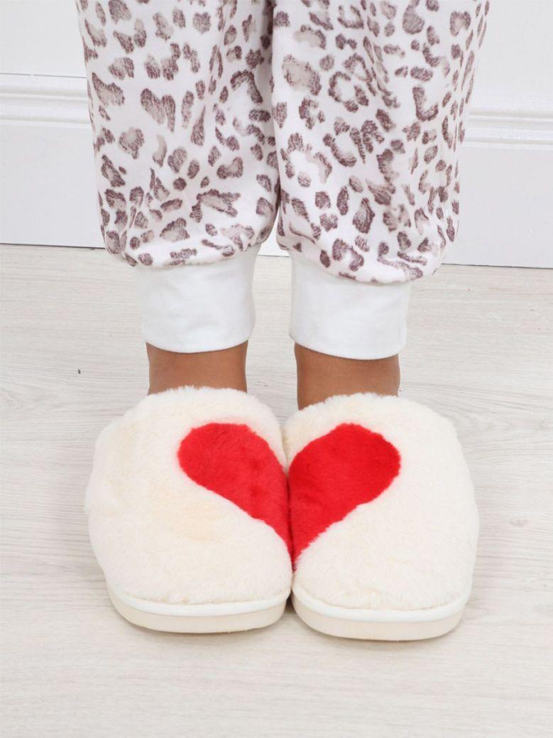 Cilento Woman Love Heart Slip On Slipper Cream