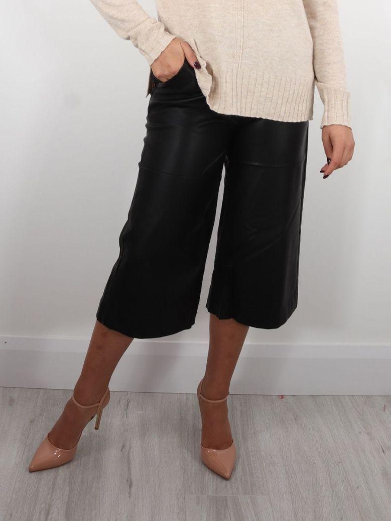Cilento Woman Wide Leg Culottes Black