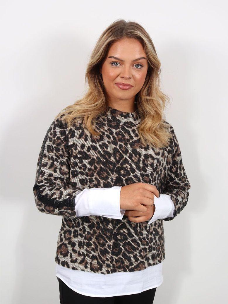 Just White Leopard Print Sweatshirt Brown