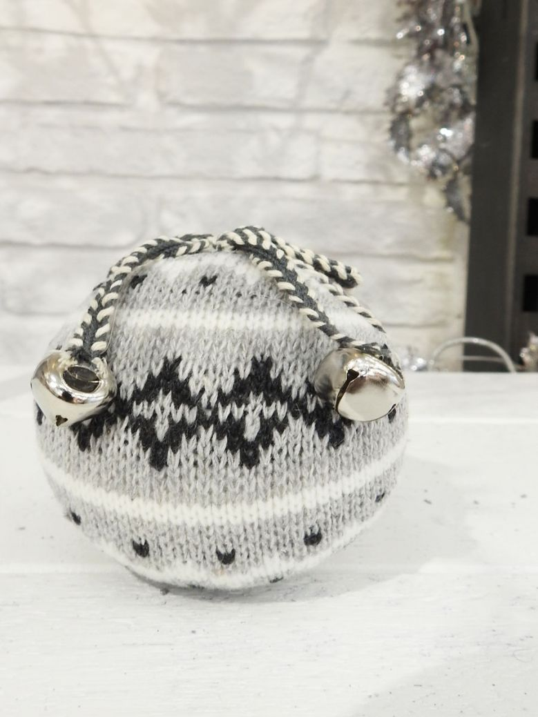 Christmas Knitted Grey Patterned Ball Decoration