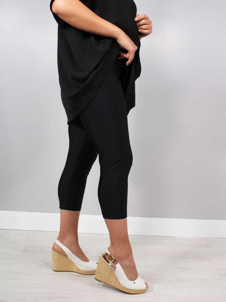 Mat 3/4 Length Leggings Black