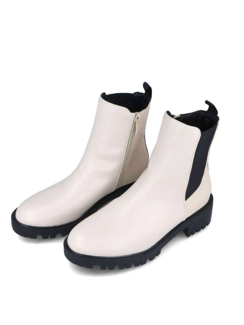 Menbur Zip Up Chelsea Boot White