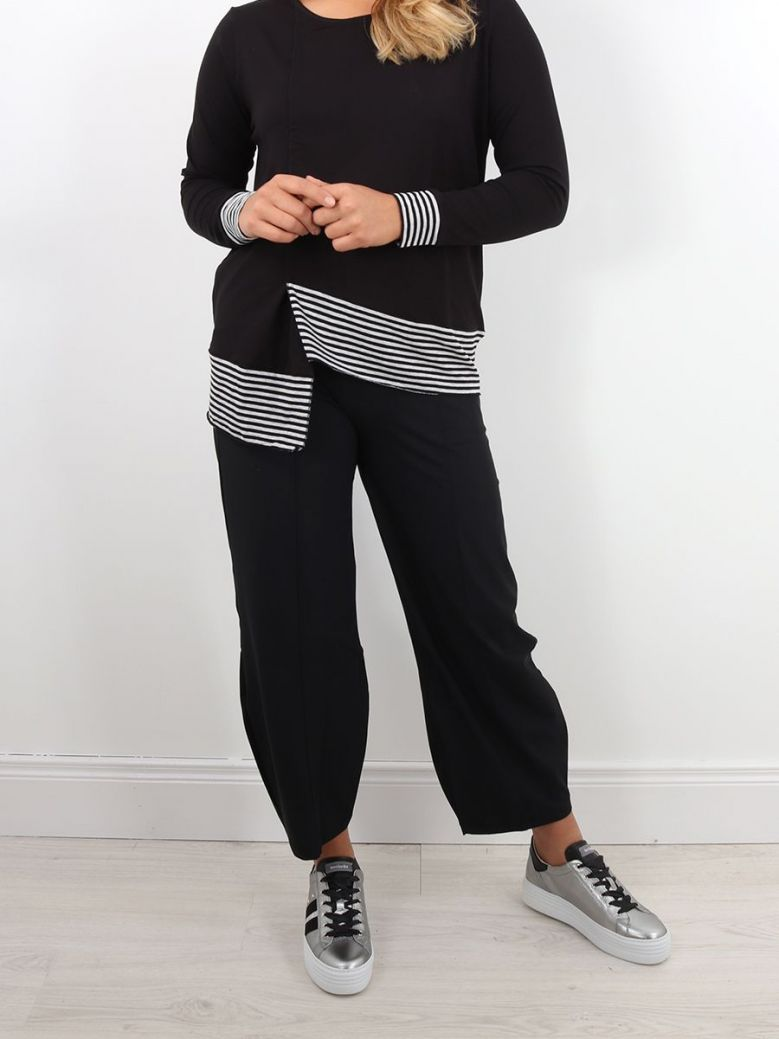 Naya Trousers With Seams Black