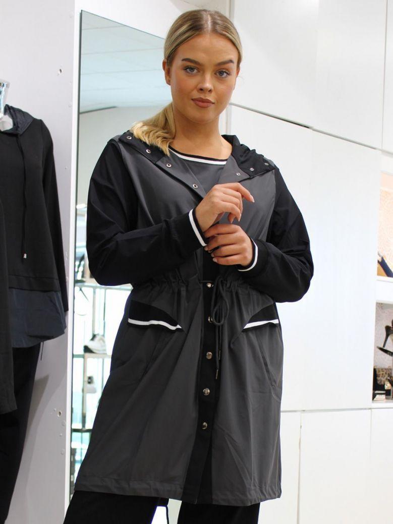 Naya Two Tone Hooded Jacket Black