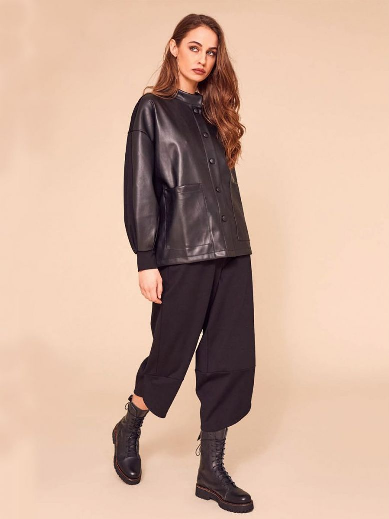 Naya Wide Leg Crop Trousers Black