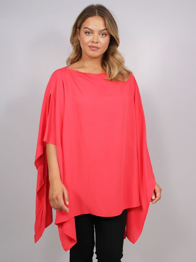 Q'Neel Flowing Poncho Top Red