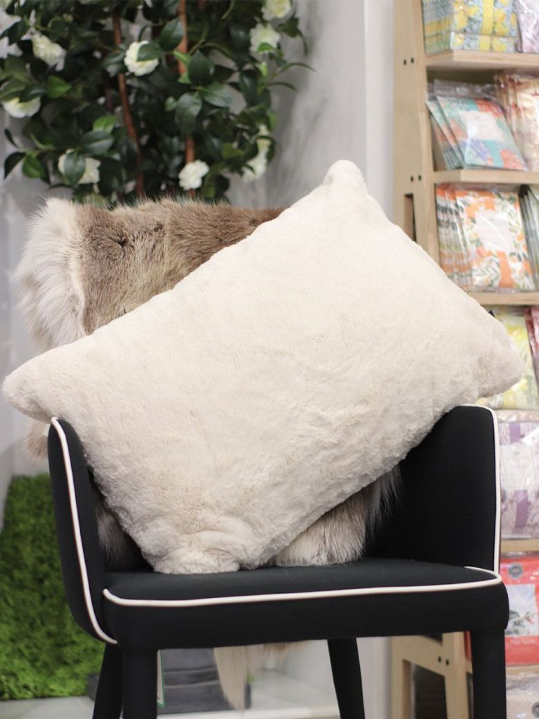 Rino & Pelle Lavoya Faux Fur Pillowcase Natural