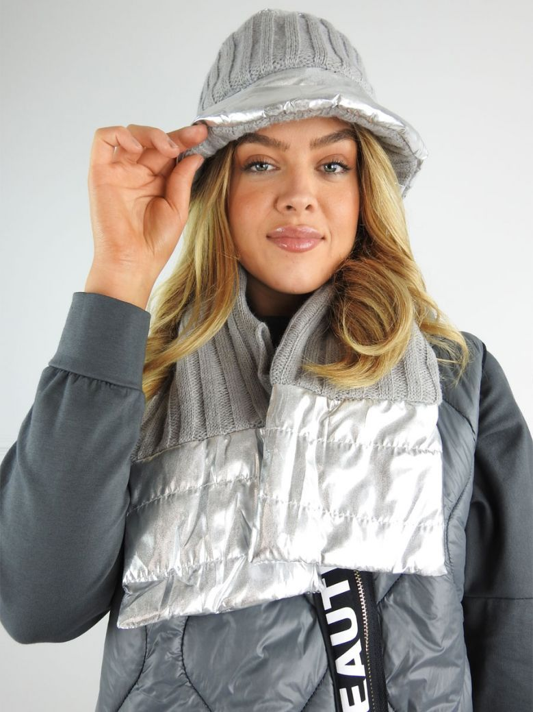 Cilento Woman Silver 2 Piece Hat and Scarf Set