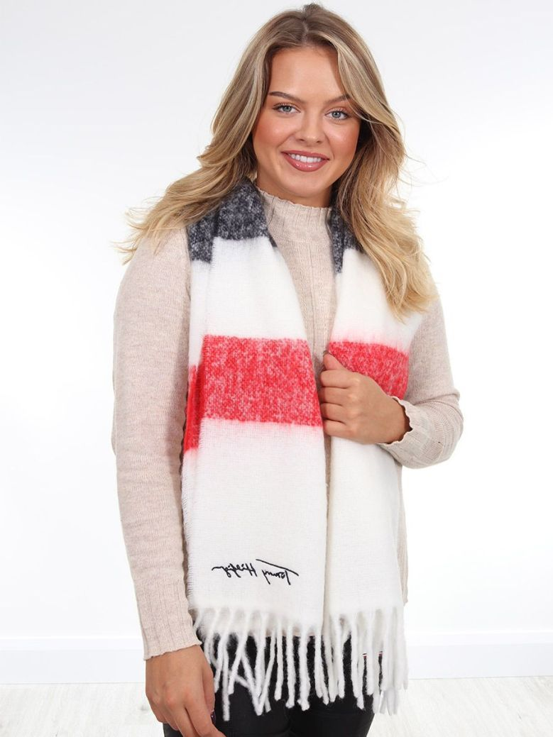 Tommy Hilfiger Signature Fluffy Navy Scarf
