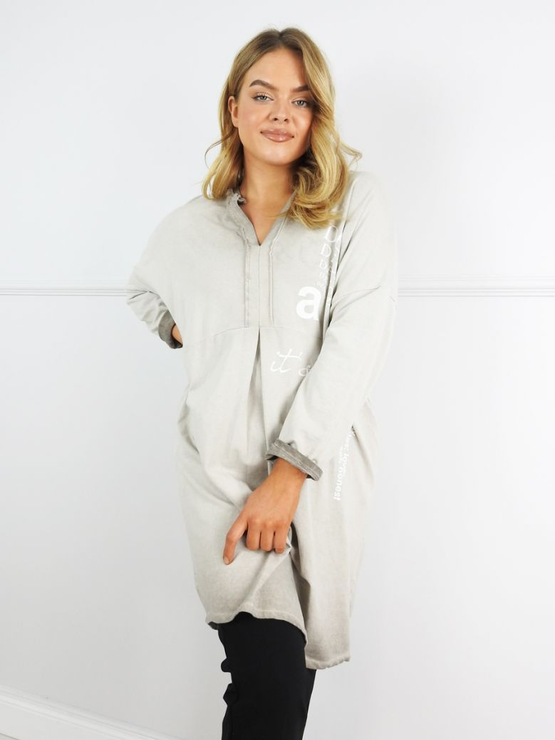 Cilento Woman Beige Design Slogan Tunic