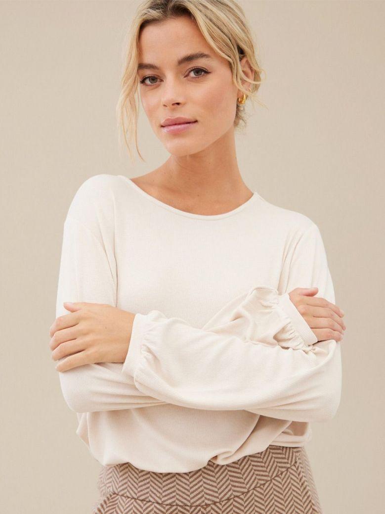 Uchuu Bishop Sleeve Knit Top Cream